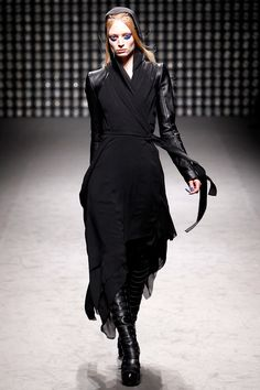 Gareth Pugh F/W 2011/12 Women's Collection