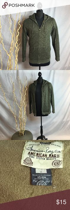 Green sweater with hood extra-large Green men's sweater with hood subtle pattern in excellent condition. Medium weight with pockets. American Rag Sweaters Zip Up