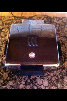 Vintage Toastmaster Waffle Iron Maker Griddle Reversible Plates 275 USA