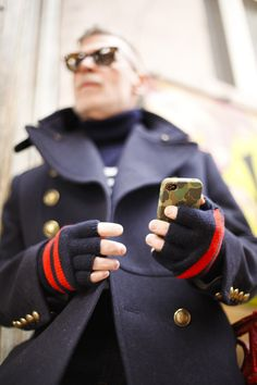 fingerless gloves and camo iPhone case