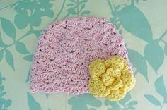 Alli Crafts: Free Pattern: Lacy Shells Hat - Newborn