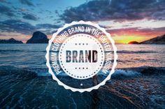 Le logo rétro et vintage de Brand en forme de logo label rond.