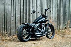 Custom Harley Street Bob, Voodoo Fender, LOW BOB | Rocket Bobs