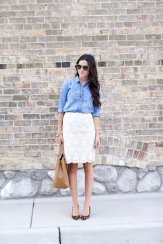denim or chambray shirt + lace skirt + leopard shoes