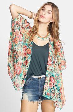 AQUA Top - Tile Print Fringe Kimono | wgsn | Pinterest | Tops ...