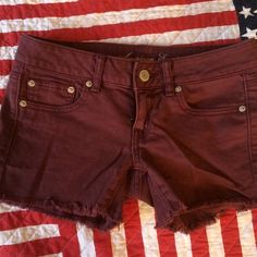 American Eagle Maroon Shorts Size 2 Cute and perfect for summer! American Eagle Outfitters Jeans
