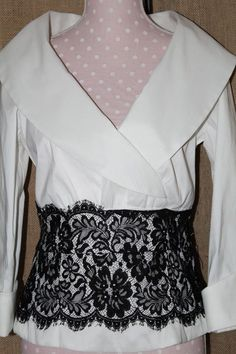 womens Event top Xscape by Joanna Chen size 10 white/black lace detail collar is #Xscape #Eventdressy #EveningOccasion