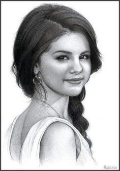 Phenomenal drawing of Selena Gomez. The attention to detail is mind-blowing!