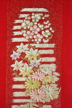 なないろ屋■舞妓半襟■縮緬 刺繍 アンティーク 花の丸 紅赤131 - Yahoo!オークション - Yahoo!オークション