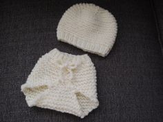 Hand Knit 03 month diaper cover and matching by LakeHouseKnits, $25.00