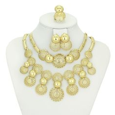 Find More Jewelry Sets Information about Women Dubai Gold Plated Jewelry set Wedding Party Bridal Accessories Necklace Set Fashion  Rhinestone Costume jewelry,High Quality jewelry velvet,China jewelry lucite Suppliers, Cheap accessories underwear from AE Jewelry&sport jerseys on Aliexpress.com