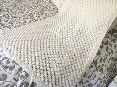 70 New Ideas Knitting Patterns Blankets Baby Grey Christmas Knitting Patterns, Baby Knitting Patterns, Baby Patterns, Baby Scarf, Crochet Fall, Chunky Blanket, Paintbox Yarn, Red Heart Yarn, Arm Knitting