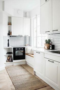 Simply Scandinavian and Cozy//