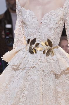 lace haute couture gowns | zuhair-murad-details-haute-couture-spring-2014-white lace.1