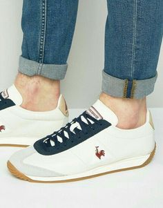 R999.99 Each WhatsApp me to get yours 081 850 7400...we delivery nationwide in places around South Africa🇿🇦 Mens Fashion Shoes, Latest Fashion Clothes, Sneakers Fashion, Fashion Online, Bb Shoes, Dress Shoes, Finger Shoes, Vintage Adidas, Well Dressed Men