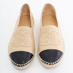 c2a439b68116 CHANEL tan leather black toe cap CC logo espadrille jute sole shoes EU38  US8 UK5  . eBay
