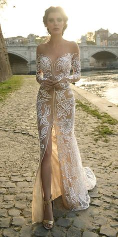 Unique And Hot Sexy Wedding Dresses ❤ See more: http://www.weddingforward.com/sexy-wedding-dresses-ideas/ #weddings (=)