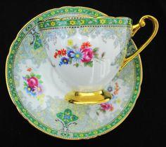 SHELLEY GREEN GEORGIAN RIPON TEA CUP AND SAUCER Tea Cup Saucer, Tea Cups, Vintage Tableware, China Tea Sets, Teapots And Cups, Tea Art, My Cup Of Tea, Vintage Tea, China Patterns
