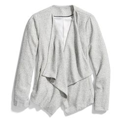 Stitch Fix Winter Essentials: The perfect lightweight layer for the office is here. Pair this draped blazer over your favorite printed blouse for workwear perfection.