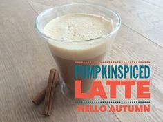 Jedes Jahr zur gleichen Jahreszeit – nämlich ab September – schleicht sich die pumpkinspiced Latte durch das Worldwideweb. Was ist das woher kommt das und viel wichtiger: schmeckt das?  Diese Gewürzmischung ist sehr populär in den USA, wenn man Kürbiskuchen backen möchte. Starbucks experimentierte mit diesem Gewürz herum und es kam das Hipstergetränk der …