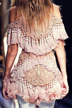 Back Detail - Balmain Fall 2016-17, Paris Fashion Week.