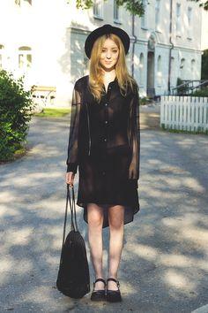 Shelley Mulshine in Tea jacket by JUNKYARD XX-XY #junkyardxxxy