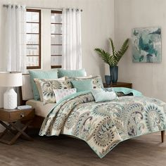 Liven up your bedroom with the updated paisley in the INK+IVY Mira Coverlet Mini Set. This unique paisley design showcases shades of blue and taupe printed on 200 thread count cotton with a textured background for an eye-catching addition to any bedroom in your home. For a casual look for any room in your home, the collection offers a vermicelli style quilting for added dimension to this top of bed.