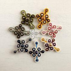 ソウタシエ・イヤリング KaoriNa. Soutache Earrings - Flowers