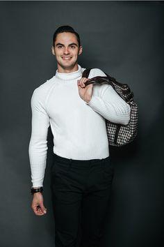 Nick Picks, Stylish Mens Fashion, Men's Fashion, Latest Fashion Trends, Men Portrait, Fashion Photography, Men Sweater, Photoshoot, Guys