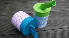 Aus einer Konservendose und einem Luftballon lässt sich eine kleine Bonbon-Schleuder basteln.