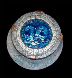 Stargate cake - ok who is good at cake decorating? cause this is needed