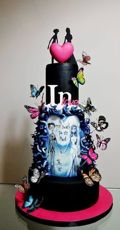 Tim Burton inspiration, hand painted cake Corpse Bride Wedding, Gothic Wedding Cake, Gothic Cake, Crazy Cakes, Fancy Cakes, Cute Cakes, Halloween Wedding Cakes, Halloween Cakes, Tim Burton