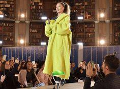 Rihanna #FansnStars