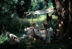 romantic shabby outdoor dining | via Prairie Seed: Victoria Fitchett