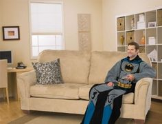 Amazon.com: Batman Comfy Throw Blanket With Sleeves: Home & Kitchen