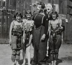 1930's Circus performers. Vintage photo - Christian Montone, via Flickr