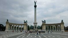 Heroes Square In Budapest - Travel Blog Europe.com