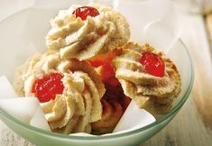 mpiskota me indokarido Biscuit Cookies, Biscuit Recipe, Greek Cookies, Greek Sweets, Food Categories, Greek Recipes, Food Styling, Waffles, Biscuits