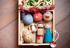Super cute and hand painted Peg Dolls with Ball and Egg Shaped Animals, Wooden Bowl and Laser Cut Wooden Gift Box. This Set is great for decoration that is allowed to be played with! Durable and safe for little hands! ( Baby Jesus Peg Doll could pose a choking hazard for children that