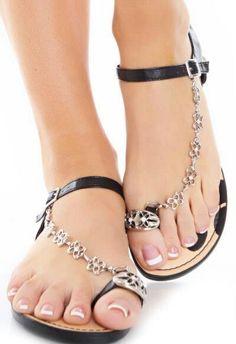 59e06de7c9c Sandalet Modelleri Siyah Metal Kelebek Zincir Tokalı
