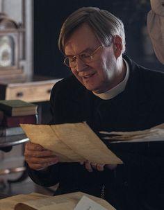 Rev. Dr. Reginald Wakefield