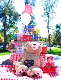 "Teddy Bear ""photo"" section/Gift drop-off for the Teddy Bear Picnic party. We used a GIANT teddy bear :)    Lilly's 1st Birthday - Teddy Bear Picnic  http://macdonaldsplayland.blogspot.com/2012/11/lillys-1st-birthday-party-teddy-bear.html"