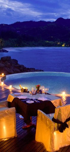 Romantic seaside dinner V Vacation Places, Dream Vacations, Vacation Spots, Places To Travel, Travel Destinations, Places To Visit, Greece Vacation, Romantic Vacations, Romantic Places