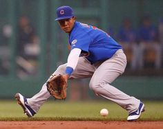 starlin castro playing shortstop for the chicago cubs