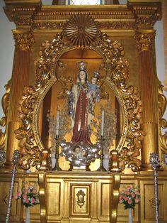 Mocejón. La Virgen del Carmen en su capilla.