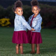 Ava and Alexis McClure  - These Mini Insta-Celebs Are Twinning and #Wombfire Approved