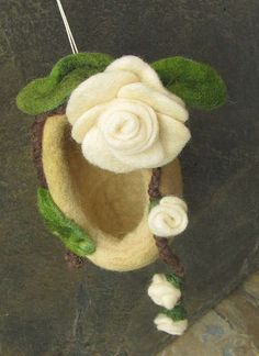 Elf House from a Shire of white roses, Ooak felted nest by Rjabinnik and Rounien