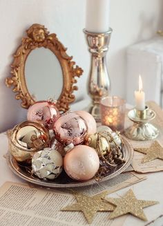 Small on Space, Big On Style: 9 Ideas for Small-Scale Holiday Decorating