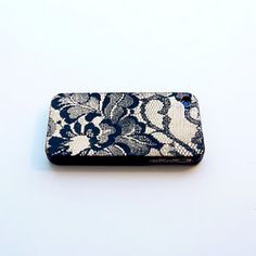 DIY lace phone cover. Just a little lace and spray paint is all u need!