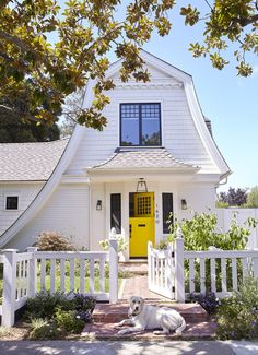 Dutch Style Shingled Cottage - Palo Alto, California This cozy shingled cottage with Dutch architectural influence in Palo Alto, California was designed by Fergus Garber Young Architects.